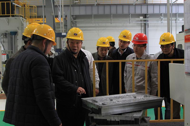 陈刚区长实地调研经济园区及重点工业企业